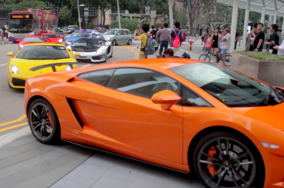 Watch Video of an Awesome 40+ Car Lamborghini Traffic Jam
