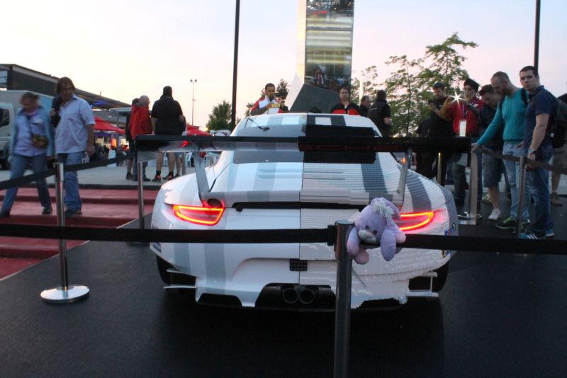 siêu xe Porsche lego xevathethao.vn