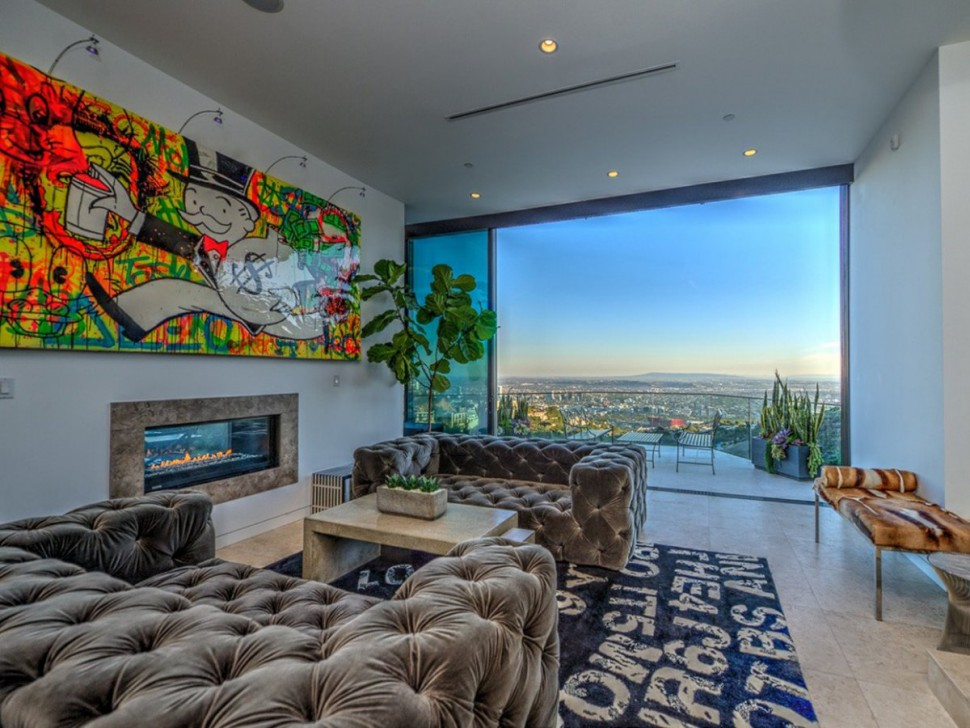 This 23-year-old YouTube star just bought a $4.5 million Hollywood mansion