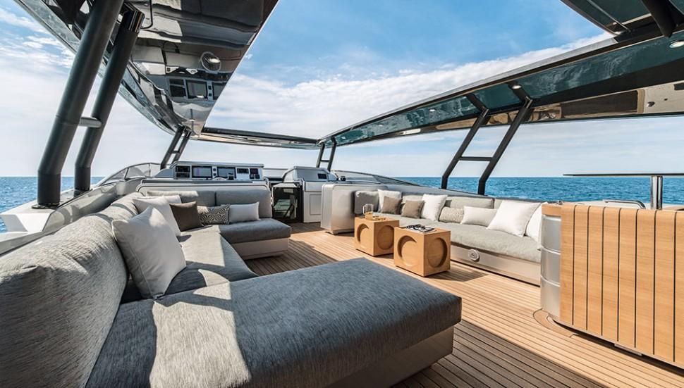 monte-carlo-105-yacht-03