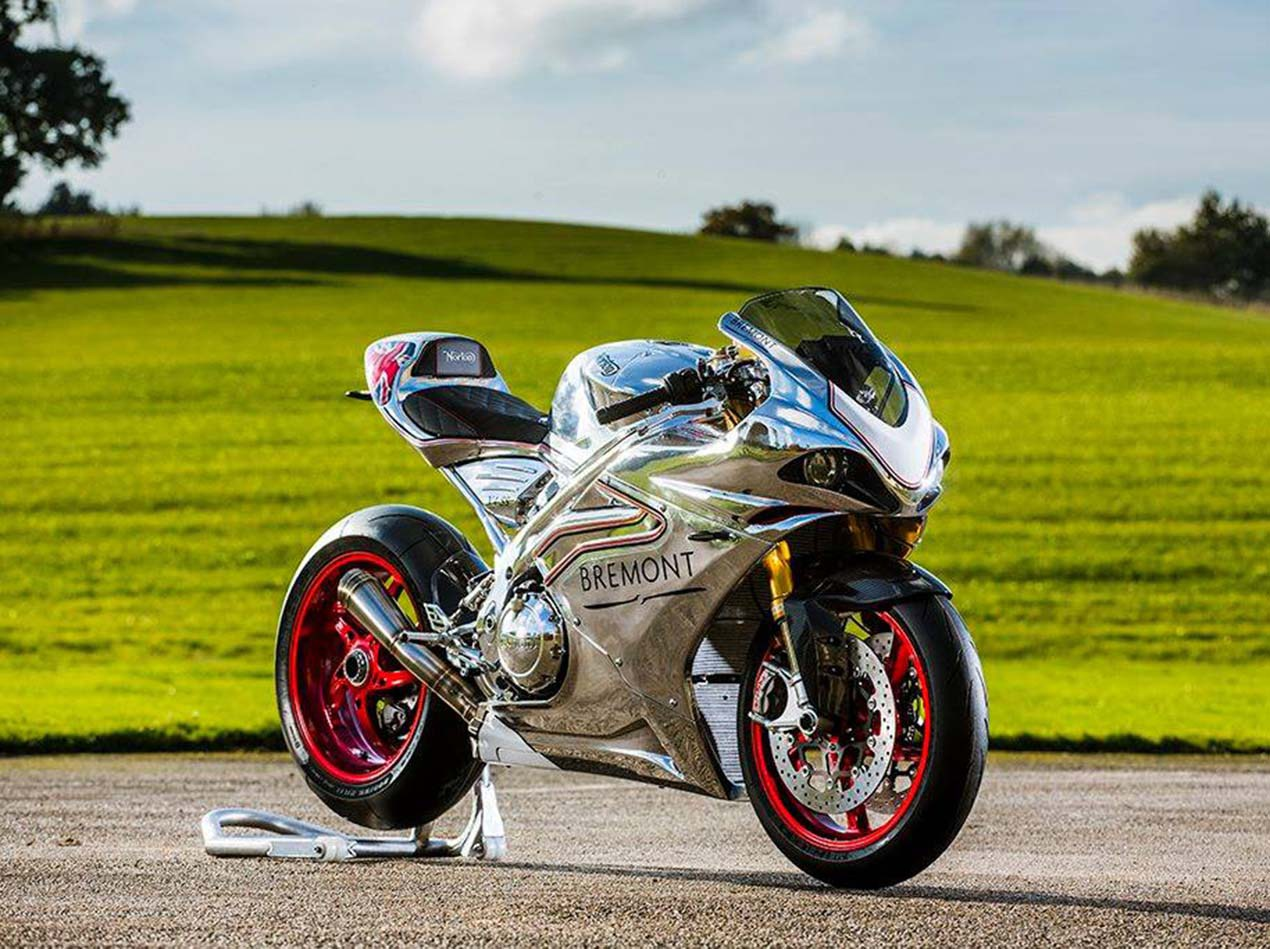 Norton's New V4 RR is Candy Made From Chrome and Carbon Fiber