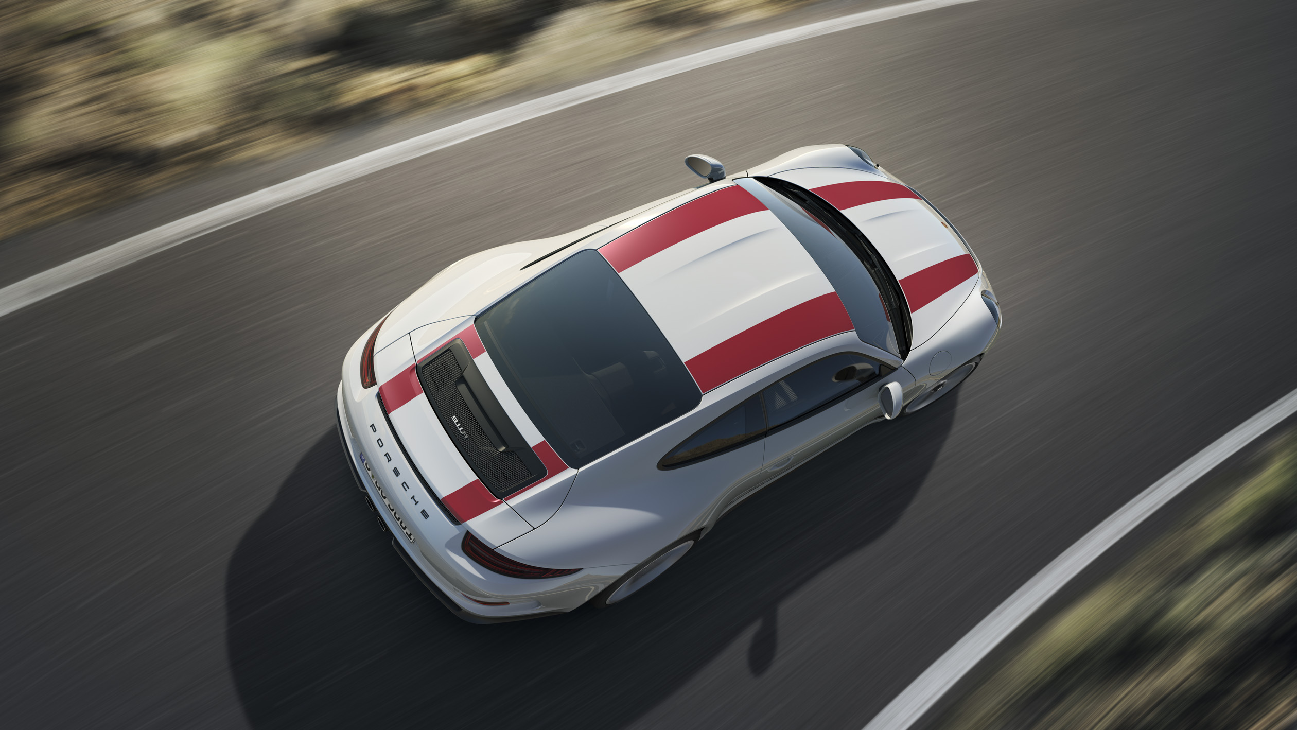 Top 5 Things You Need to Know About the Porsche 911 R
