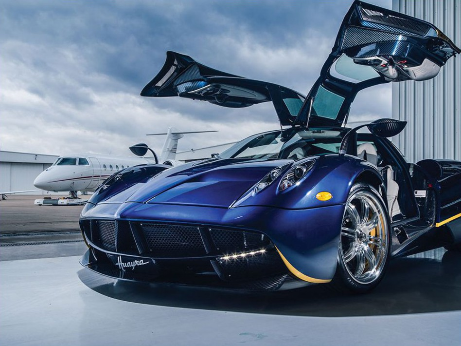Here's Your Chance to Own a 2014 Pagani Huayra with Over $260,000 in Options