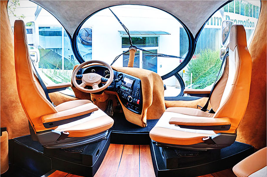The Panoramic Windshield Looks Like It Belongs To A Helicopter And Windows Look They Belong Yacht By Combining Designs From Sports Car