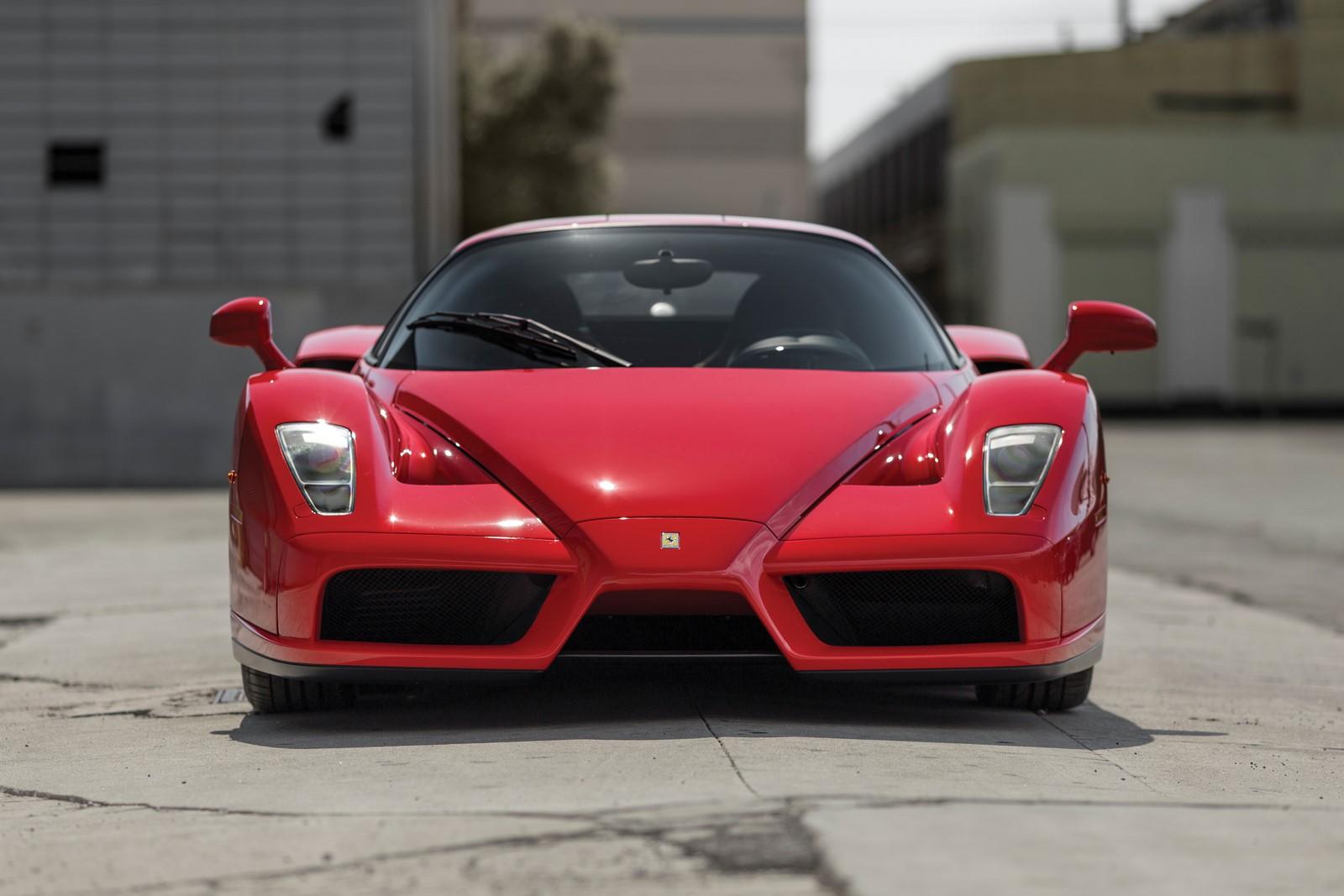 Popes-Ferrari-Enzo2