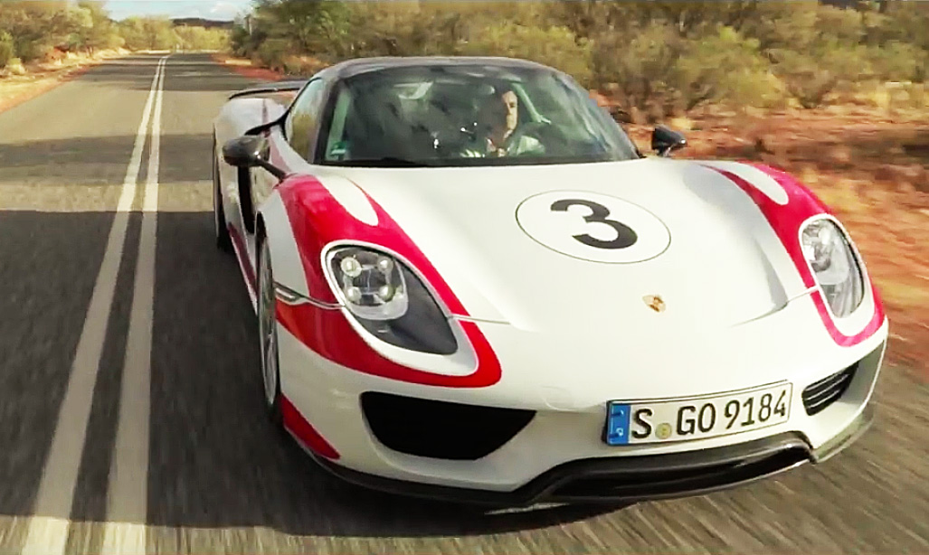 Watch this Porsche 918 Hybrid hit 350 km/h in the Aussie Outback