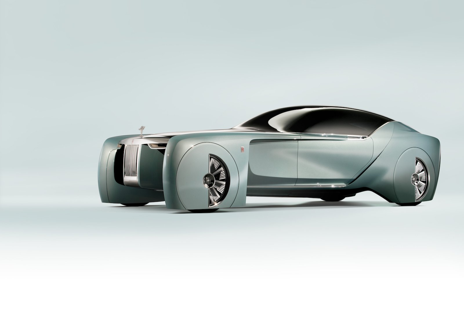 The Rolls-Royce of the Future Looks Insanely Outrageous