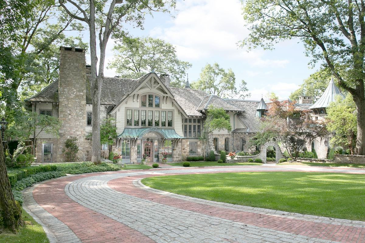 New Meets Old In This Monstrous $8.8-Million New Jersey Castle—Peek Inside
