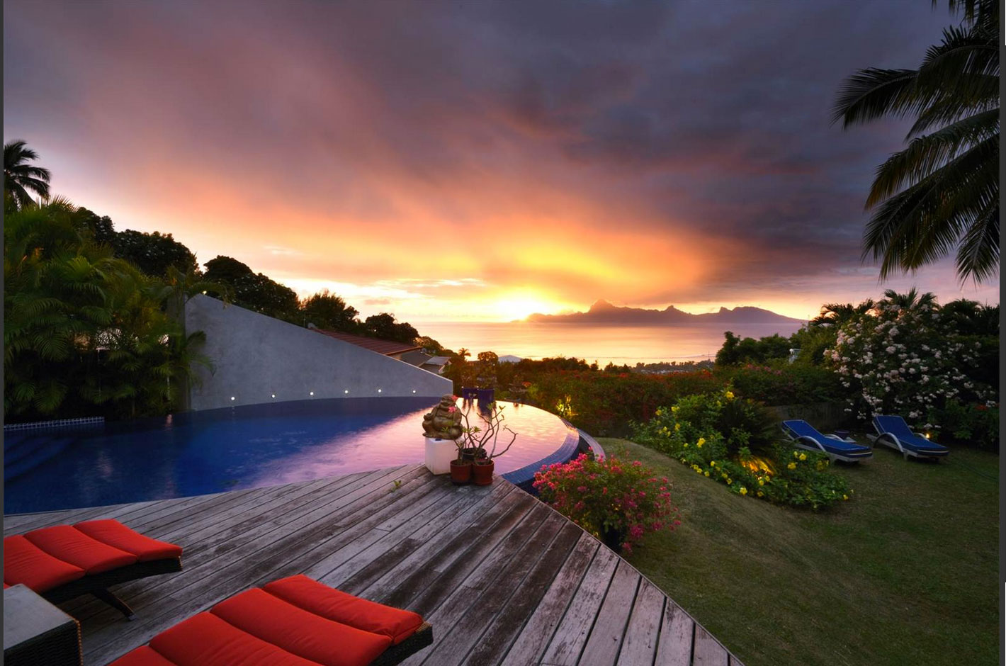 You Won't Believe The Price of This Stunning Tahitian Villa