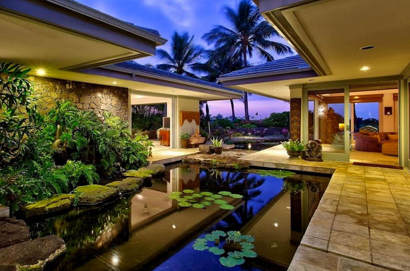 This Hawaiian Oasis Is All About Rest and Relaxation