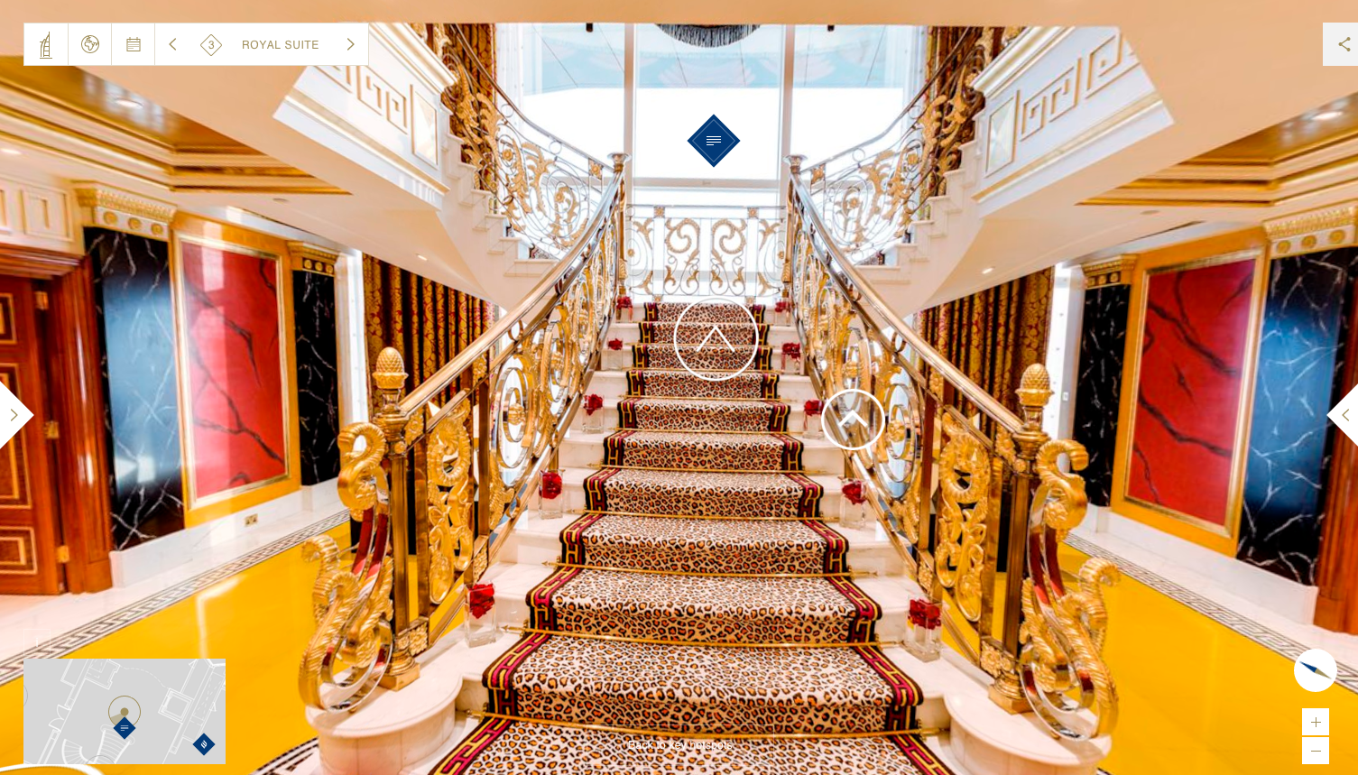 royal suite staircase2