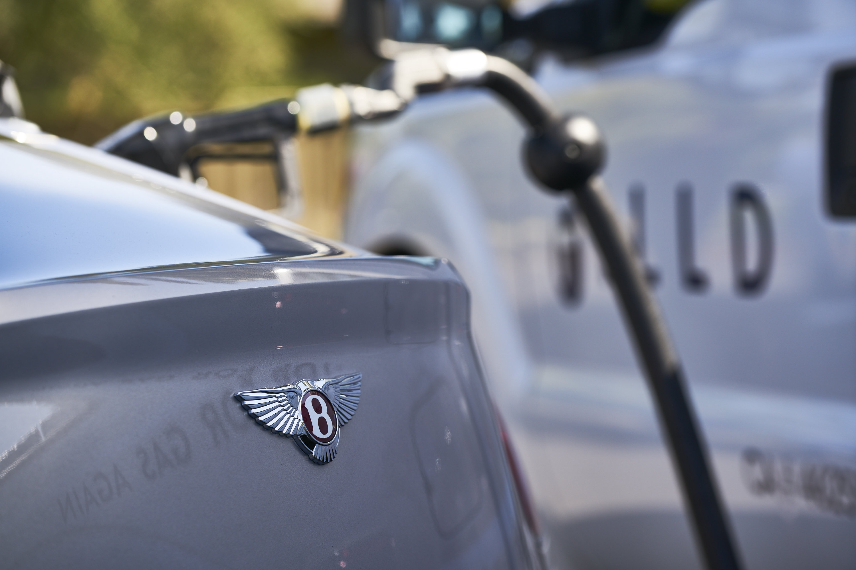 Bentley Will Bring You Gas on Demand