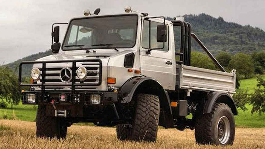 Arnold Schwarzenegger's Mercedes Unimog is Up For Sale on eBay for this Massive Price