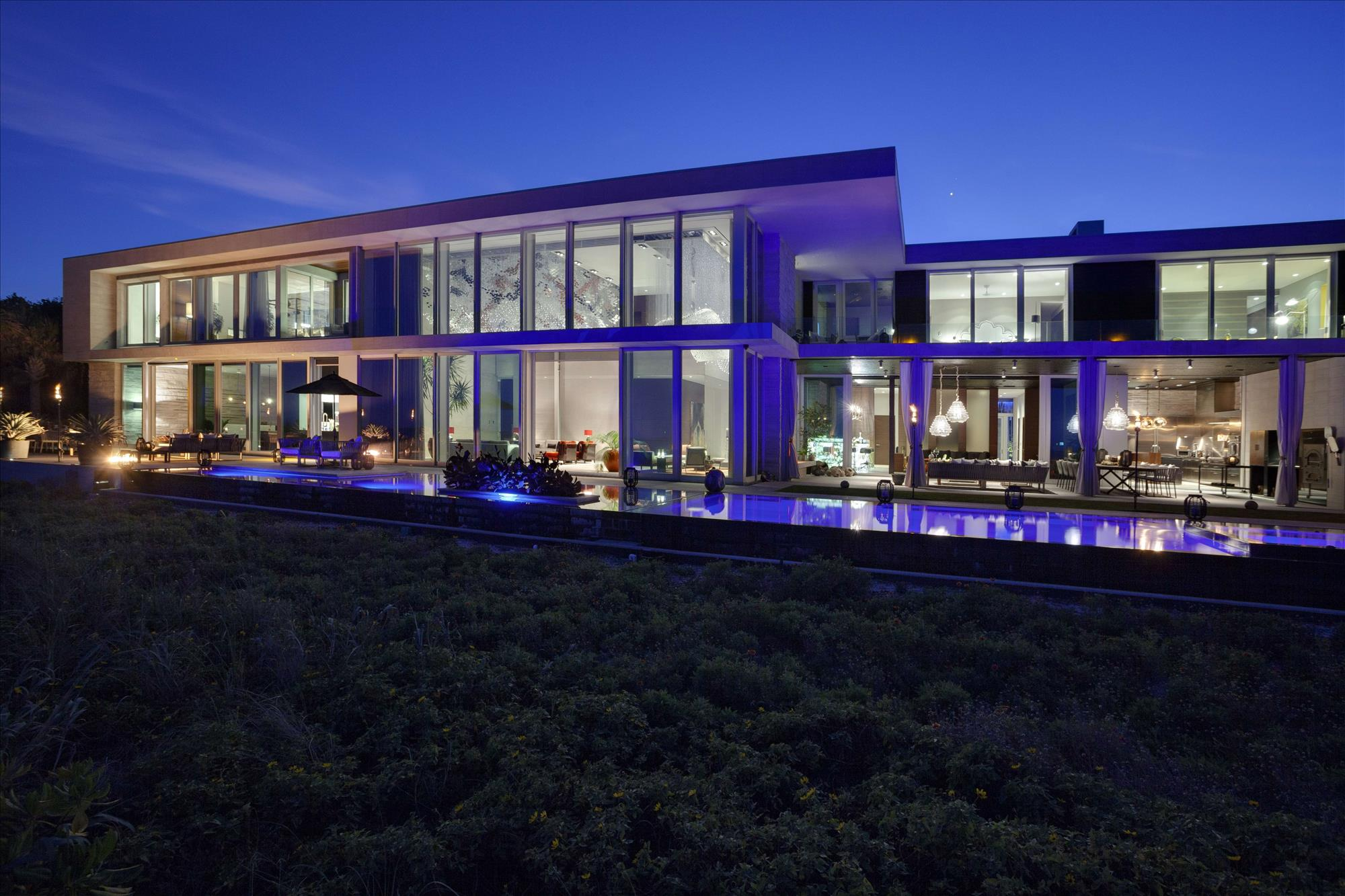 This 35 Million Florida Mansion Is The Most Insane Beach