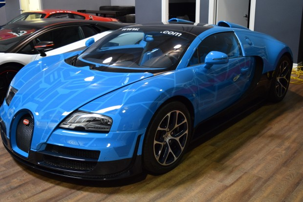 Would You Buy This Transformers Themed Bugatti Veyron?