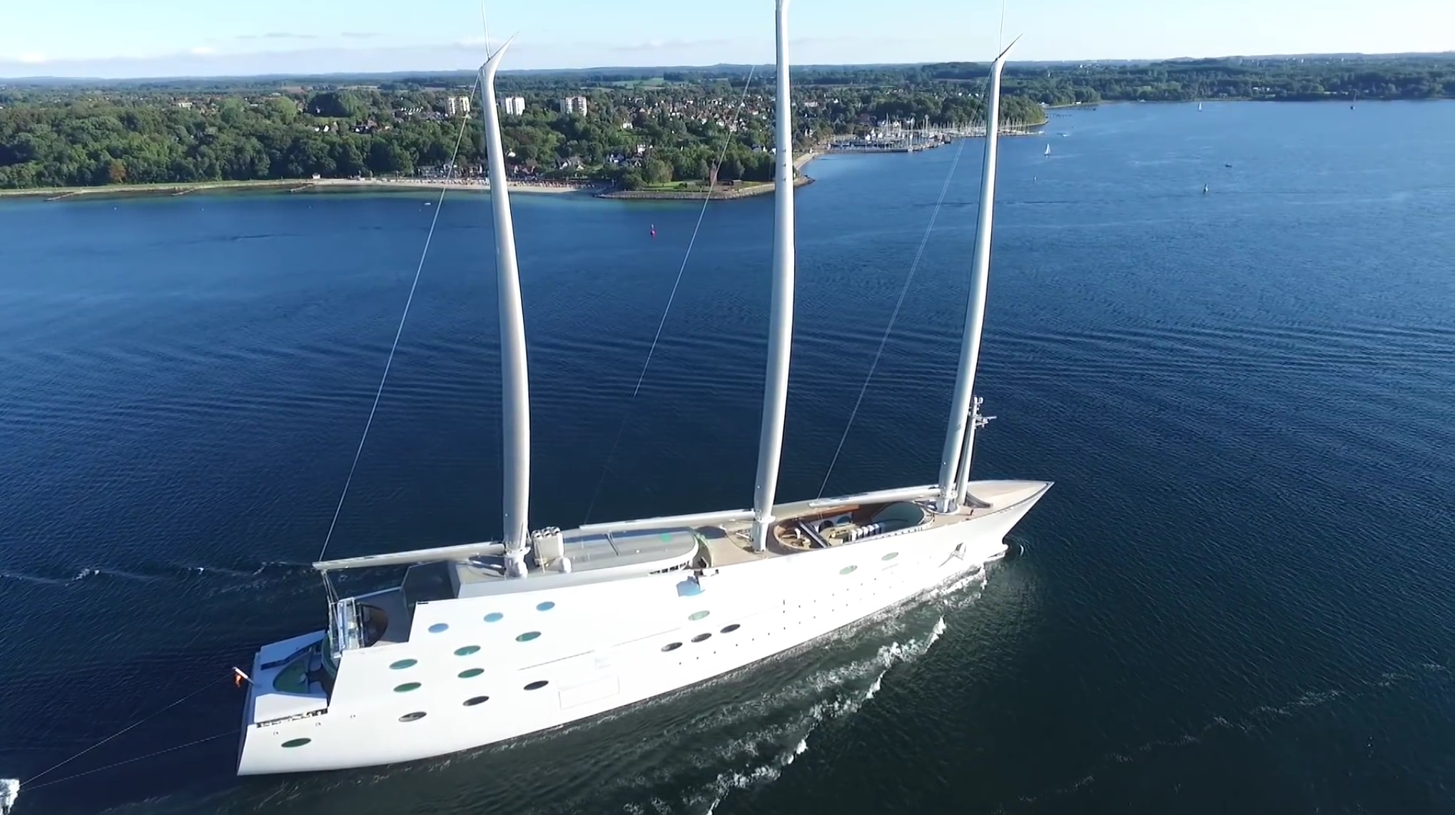 This Futuristic $400 Million Sailing SuperYacht is The World's Biggest Ever
